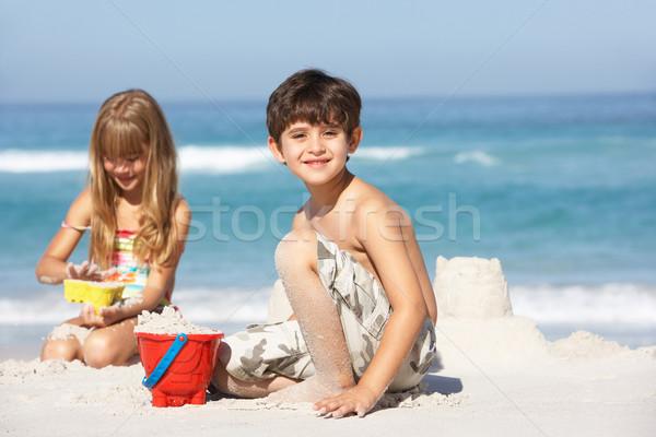 детей здании семьи счастливым ребенка Сток-фото © monkey_business