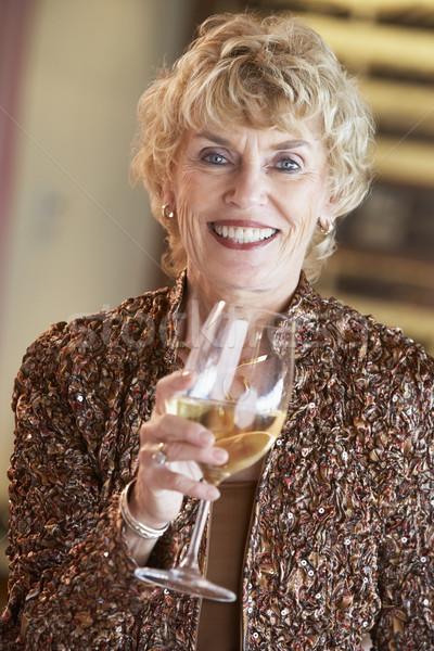 Stok fotoğraf: Kadın · cam · şarap · bar · içmek
