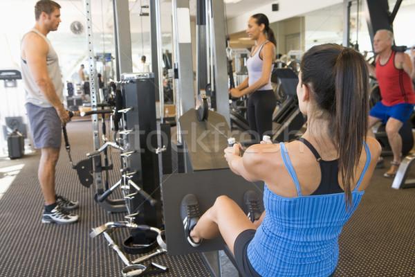 Stockfoto: Groep · mensen · gymnasium · fitness · mannen · opleiding