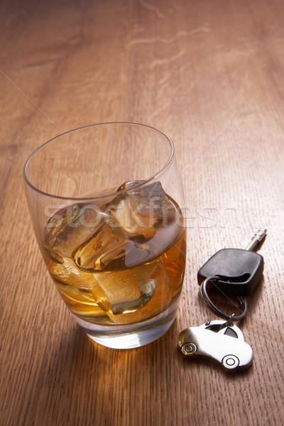 Vidrio alcohol las llaves del coche Foto stock © monkey_business