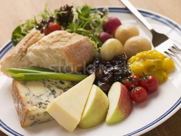 érett cheddar alma gyümölcs kenyér tányér Stock fotó © monkey_business