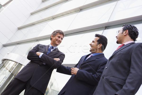 Сток-фото: группа · бизнесменов · за · пределами · офисное · здание · современных · бизнеса