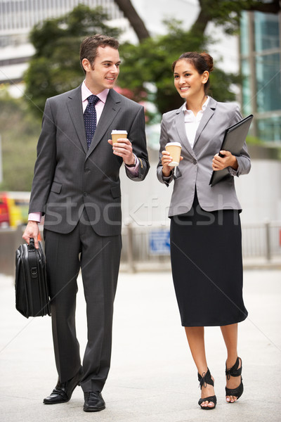 Сток-фото: бизнесмен · деловая · женщина · ходьбе · улице · бизнеса