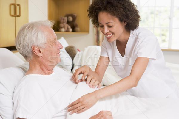 Nővér segít idős férfi nő orvos Stock fotó © monkey_business