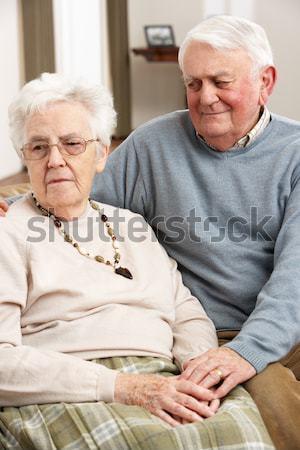 Couple de personnes âgées séance sérieux homme couple hôpital Photo stock © monkey_business