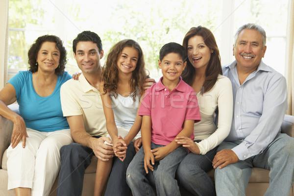Stockfoto: Uitgebreide · familie · ontspannen · home · samen · familie · kind
