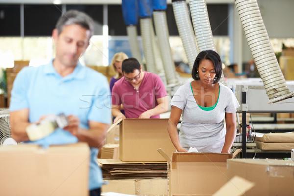 Stockfoto: Werknemers · magazijn · goederen · man · vrouwen · vak