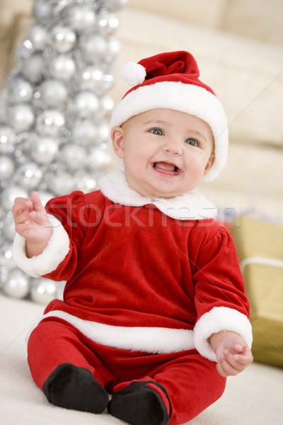 Foto stock: Bebê · traje · natal · feliz · sala · de · estar