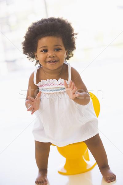 Baba bent mosolyog lány babák ül Stock fotó © monkey_business