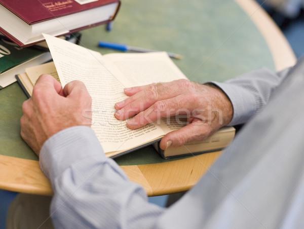 зрелый студентов рук книга страница Сток-фото © monkey_business