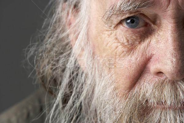 Idős férfi hosszú szakáll szomorú hajléktalan Stock fotó © monkey_business
