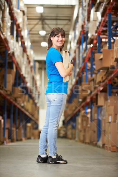 Stock fotó: Hátsó · nézet · női · munkás · disztribúció · raktár · nő