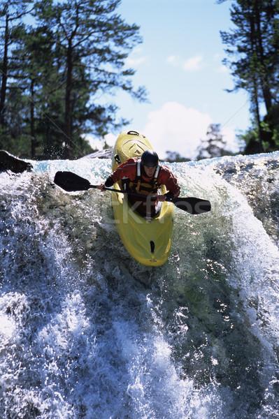 молодым человеком вниз водопада природы реке Сток-фото © monkey_business