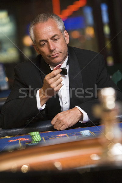 Man roulette tabel casino nacht mannelijke Stockfoto © monkey_business