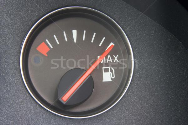 Foto stock: Indicador · de · combustible · lectura · completo · coche · energía · estudio
