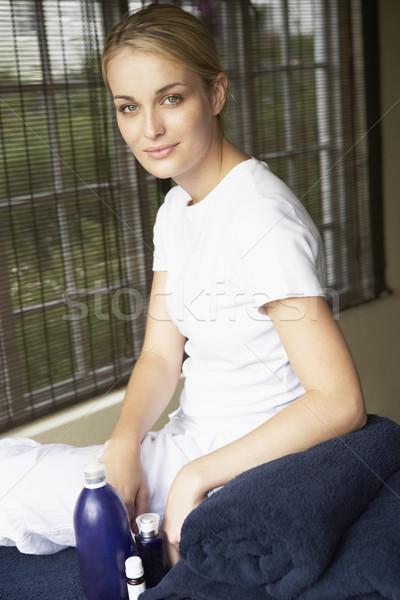 Portret spa masseuse vrouw jonge vrouwelijke Stockfoto © monkey_business