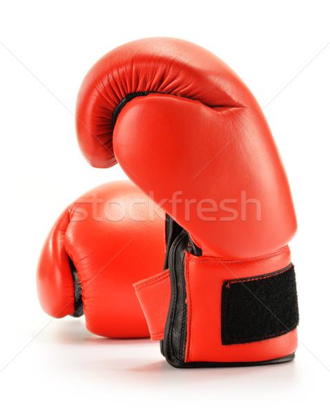 Paire rouge cuir gants de boxe isolé blanche Photo stock © monticelllo