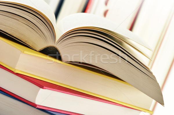Boglya könyvek tudomány olvas tanulás szenvedély Stock fotó © monticelllo