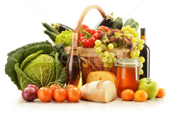 Foto stock: Comestibles · productos · cesta · aislado · blanco