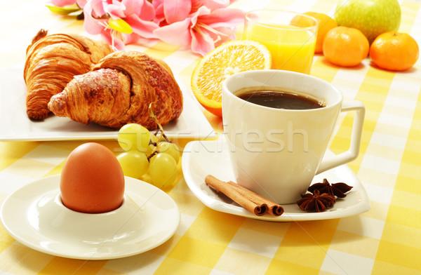 Reggeli asztal étel kávé narancs étterem Stock fotó © monticelllo