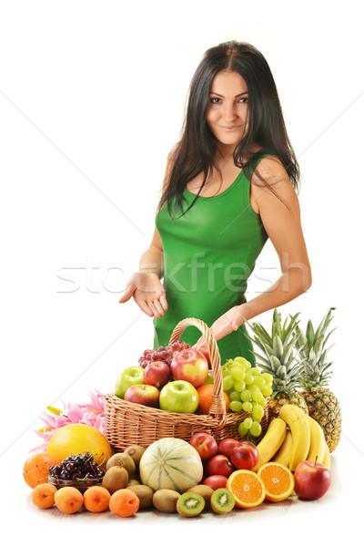 Kadın meyve sepet yalıtılmış Stok fotoğraf © monticelllo