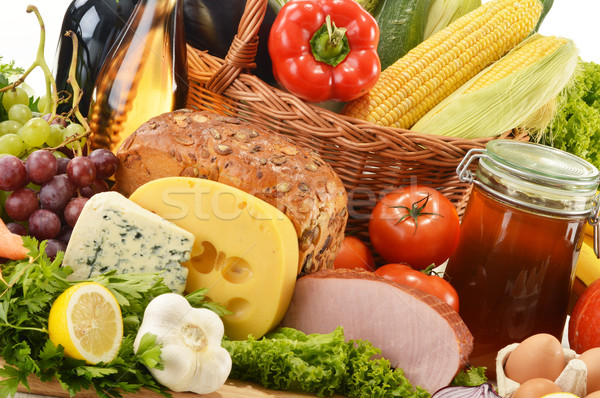 Sepet mutfak masası şarap sağlık Stok fotoğraf © monticelllo