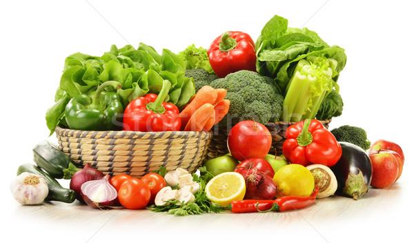 Stock fotó: Nyers · zöldségek · fonott · kosár · izolált · fehér