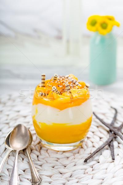 Mangó desszert vanília gyümölcs csokoládé málna Stock fotó © Moradoheath