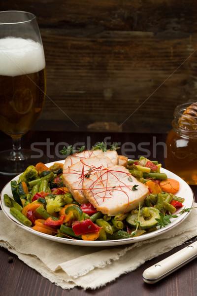 Marinált disznóhús zöldségek méz friss gyógynövények Stock fotó © Moradoheath