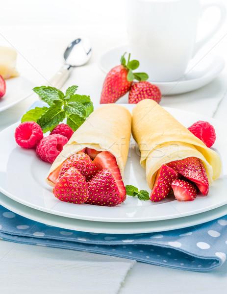 パンケーキ イチゴ 新鮮な ミント 甘い ぼかし ストックフォト © Moradoheath