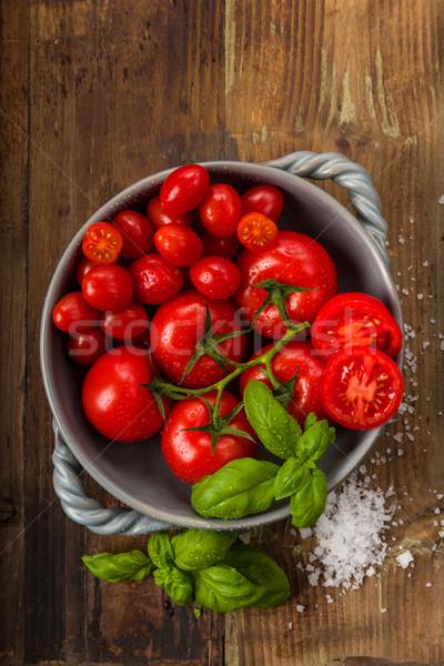 新鮮な トマト ボウル バジル 塩 スタジオ ストックフォト © Moradoheath