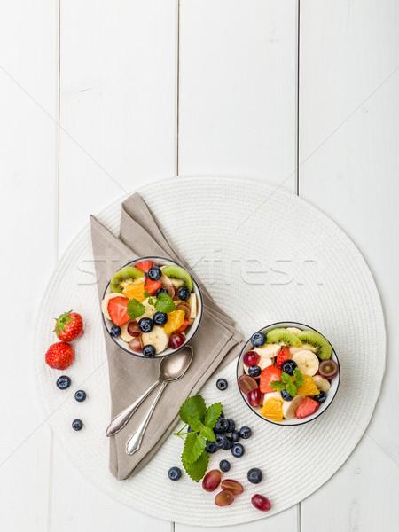 Stockfoto: Vers · fruit · salade · kiwi · appels · bananen · druiven