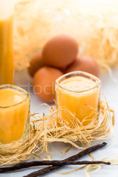 卵 リキュール 眼鏡 新鮮な バニラ 卵 ストックフォト © Moradoheath