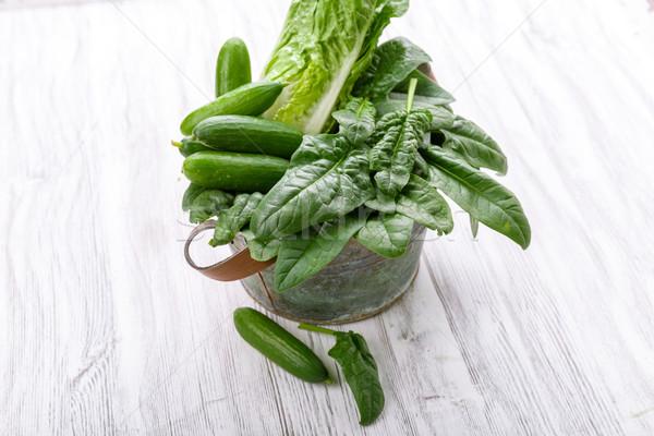 Vert légumes panier fraîches régime alimentaire récolte Photo stock © Moradoheath