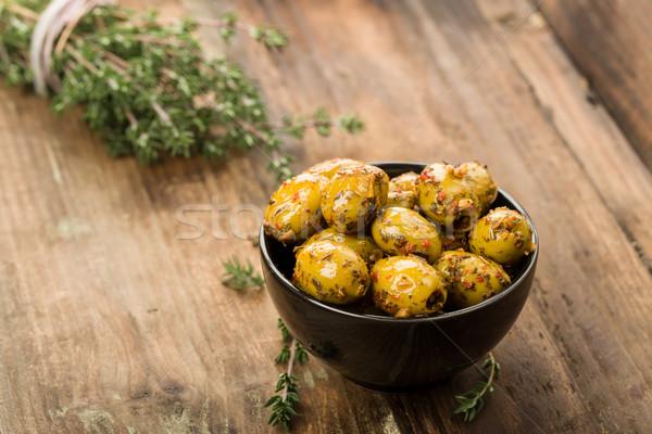 Olajbogyók gyógynövények marinált friss olaj paradicsom Stock fotó © Moradoheath
