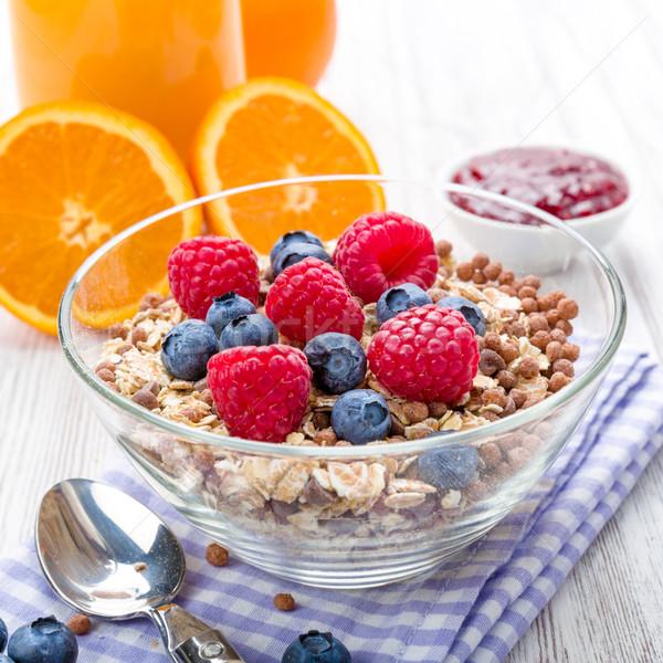 Müsli vers fruit ontbijt tabel vruchten gezondheid Stockfoto © Moradoheath