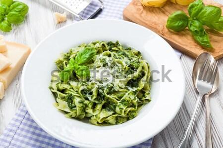 Spinazie parmezaan vers basilicum diner pasta Stockfoto © Moradoheath
