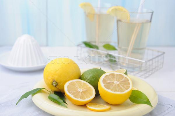 Tigela fresco cal limão dois vidro Foto stock © Moravska