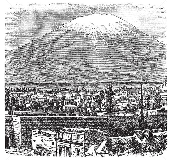 Vulkaan oude gegraveerd illustratie Peru Stockfoto © Morphart