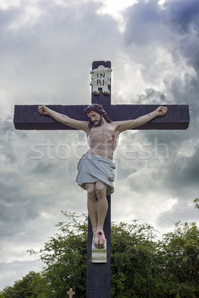 large crucifix in a graveyard Stock photo © morrbyte