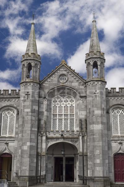 Chiesa città fronte Irlanda nubi vacanze Foto d'archivio © morrbyte