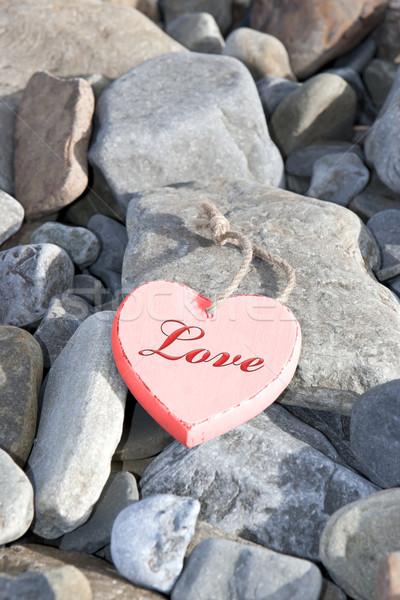 Stok fotoğraf: Sıcak · sevmek · kayalar · kırmızı · ahşap · kalp