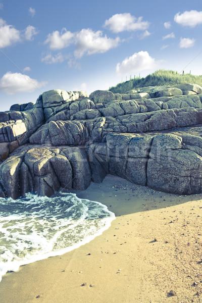 Formación de roca playa edad naturales cielo Foto stock © morrbyte