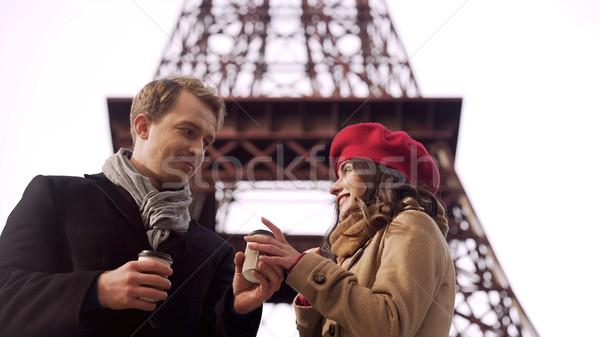 Fickó barátnő forró ital meleg romantikus utazás Stock fotó © motortion
