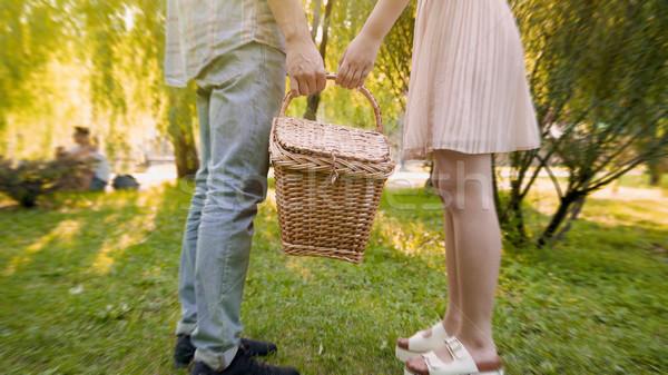 Para miłości wiklina koszyka wraz Zdjęcia stock © motortion