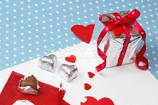 Valentin nap szeretet üzenet befejezetlen ajándék doboz fehér Stock fotó © mrakor