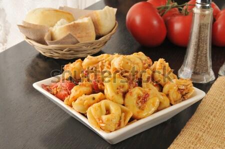 Tortellini tomate pesto queso cena Foto stock © MSPhotographic