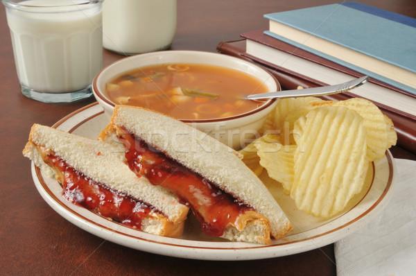 Sopa sanduíche escolas manteiga de amendoim vegetal Foto stock © MSPhotographic