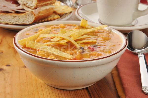 Poulet tortilla soupe bol sandwich café Photo stock © MSPhotographic