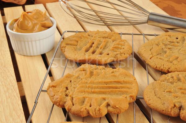 Friss sült mogyoróvaj sütik hűtés fogas Stock fotó © MSPhotographic